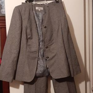 Distinguished, gray lined pantsuit
